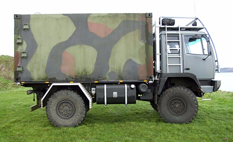 Steyr12m18_Expeditionswohnmobil003.jpg