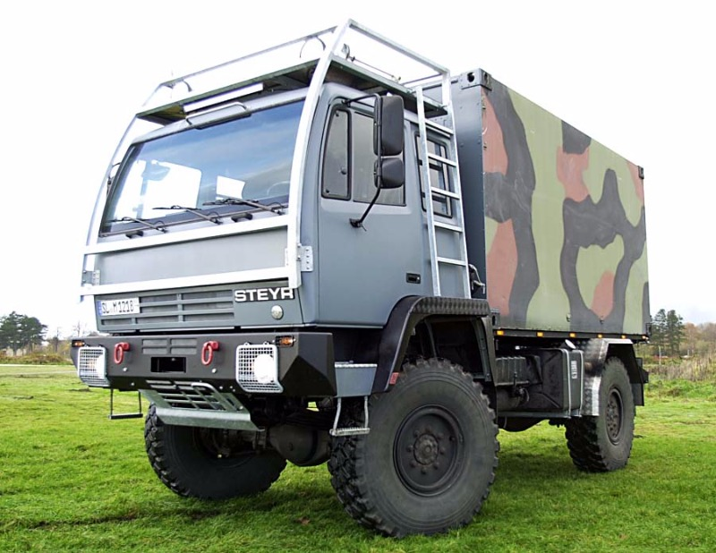 Steyr12m18_Expeditionswohnmobil004.jpg