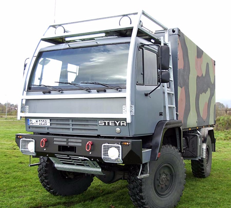 Steyr12m18_Expeditionswohnmobil005.jpg